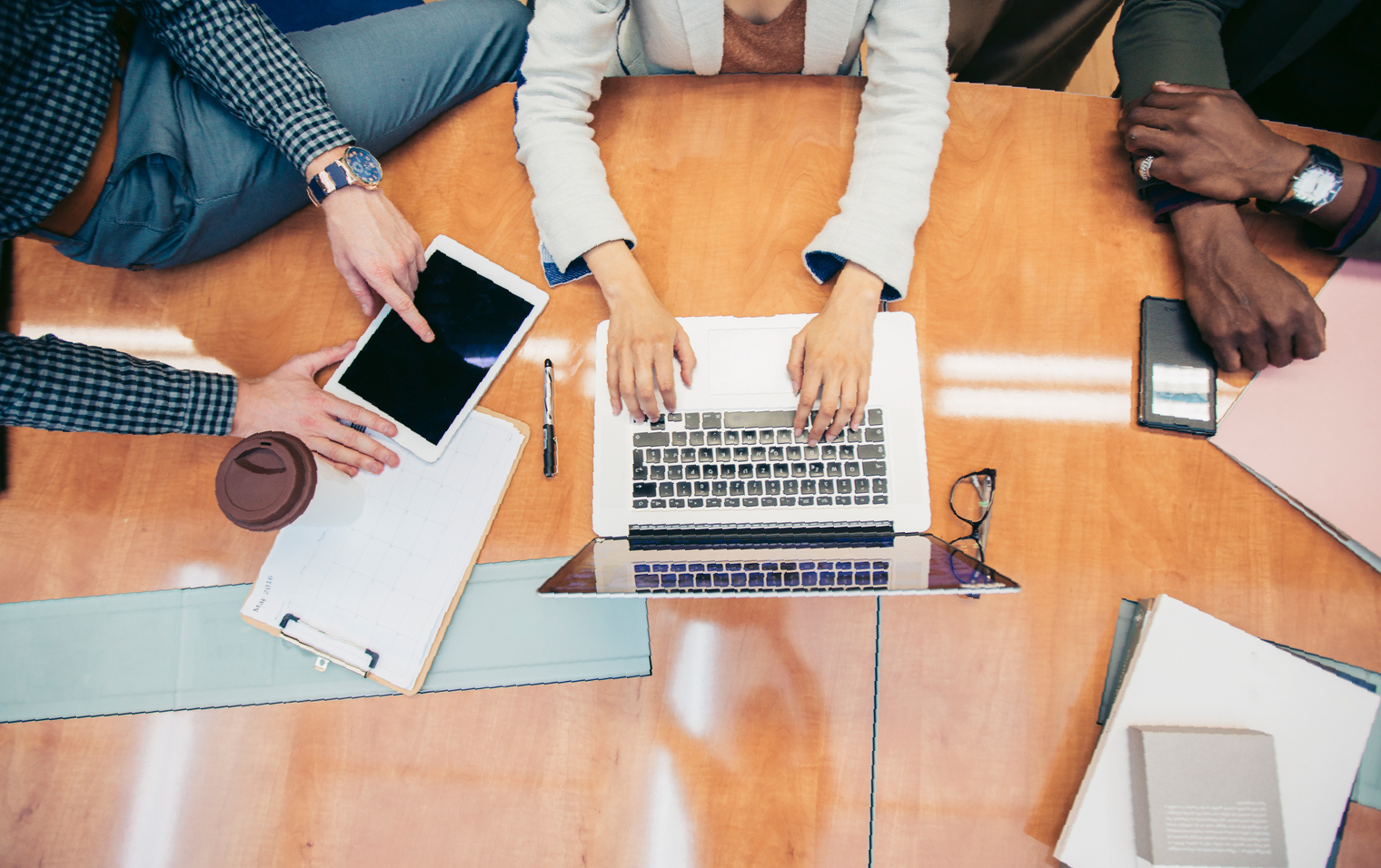 MS_Agency_Blog_MAY_5_Ways_to_Get_Started_Corp_Website_IMAGES_4_WordPress_Steering_Committee_Image