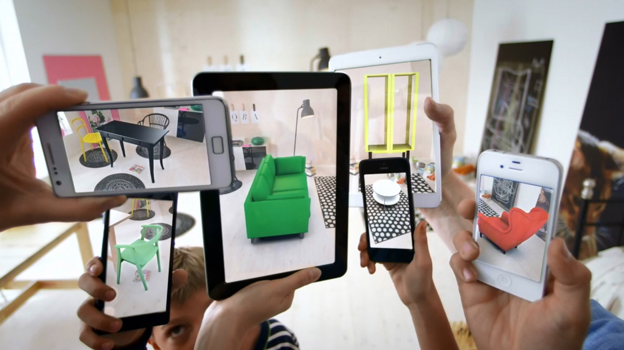 Apple Releases New Augmented Reality Tech for iPhone & iPad